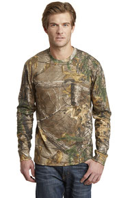 Russell Outdoors ™  Realtree ®  Long Sleeve Explorer 100% Cotton T-Shirt with Pocket. S02